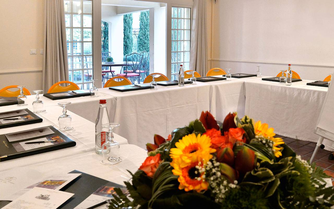 Room seminar hotel cassagne spa avignon