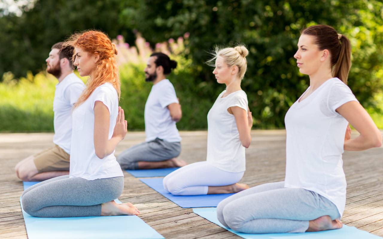 Yoga class for a relaxing stay in Luberon into Provence