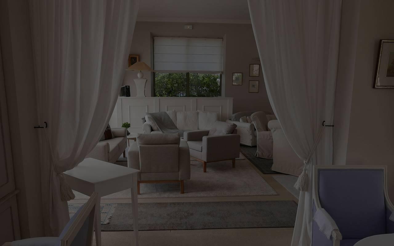 Chambre spacieuse et luxueuse hôtel bories luxe provence