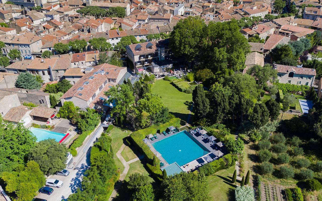 Piscine extérieure, hôtel 4 étoiles St rémy de provence, hôtel de l'Image