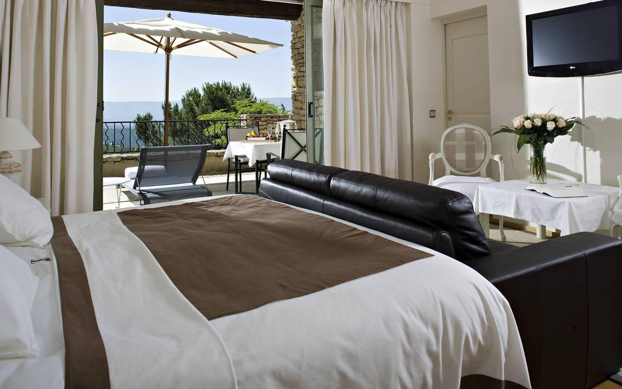 Chambre exceptionnelle de notre hôtel à Saint-Rémy-de-Provence, séjour de luxe en Provence, Hôtels Prestige Provence