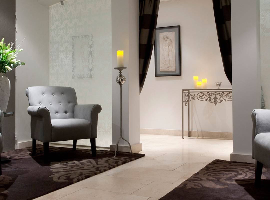 salle d'attente confortable spa hôtel provence