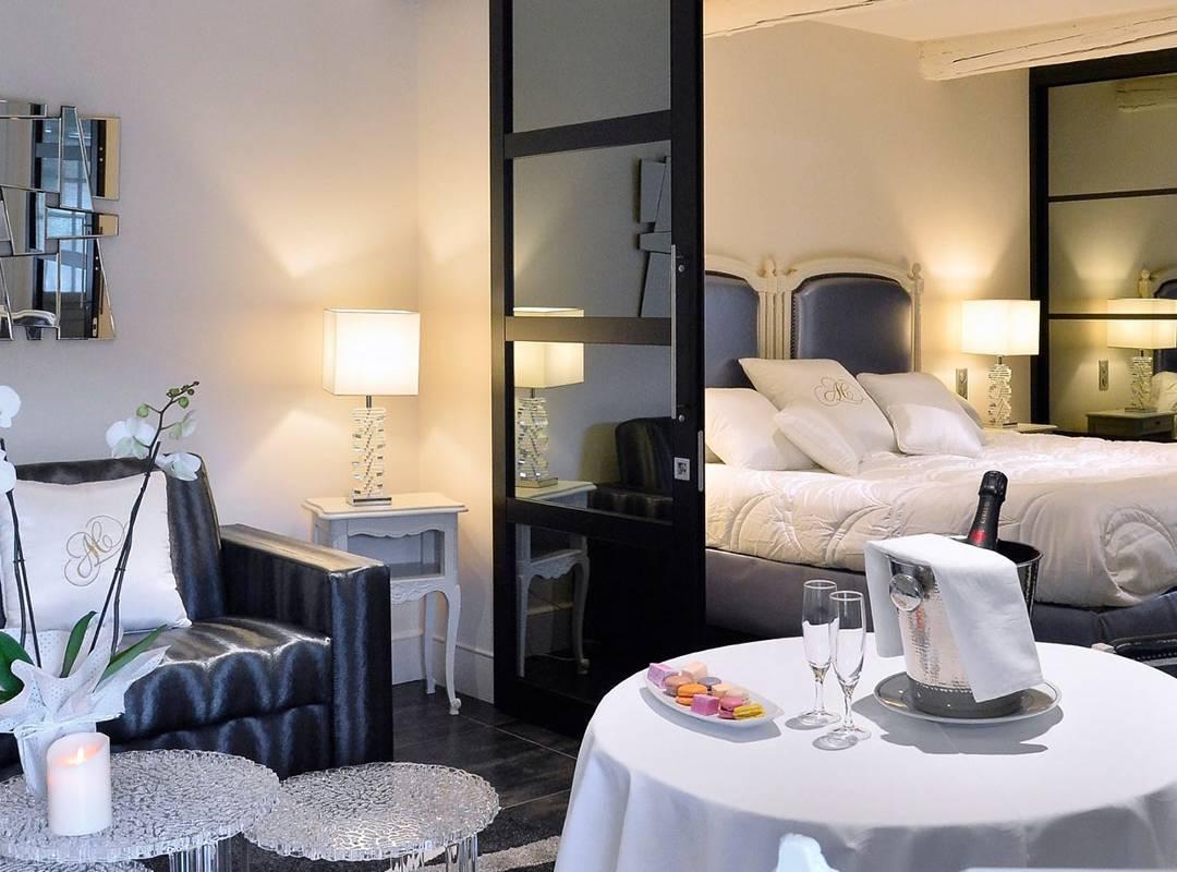 Chambre romantique hôtel luxe provence