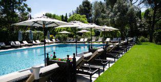 Hôtel de luxe non loin d'Avignon en Provence