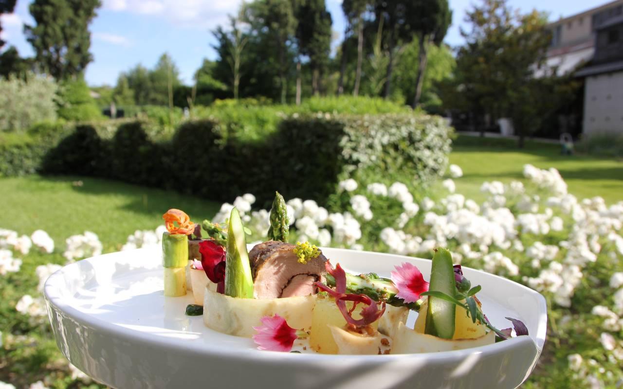 Délicieux repas méditerranéen hôtels Prestige Provence